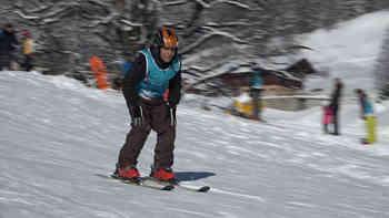 «Das ist sehr herausfordernd» – 36 Flüchtlingskinder stehen zum ersten Mal auf den Ski